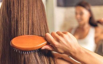 Try These Hair Masks To Get Rid Of Dandruff Issues