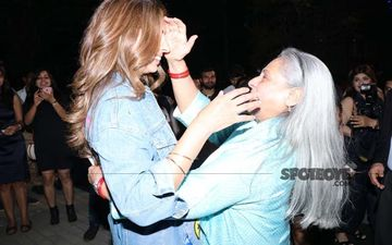 Jaya Bachchan Dotes On Shweta Bachchan Nanda After Lady Showcases Her Fashion Label; These Pics Are Mother-Daughter Goals