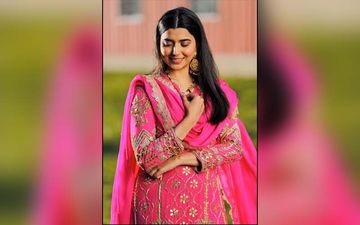 Nimrat Khaira Song 'SOHNE SOHNE SUIT' Released