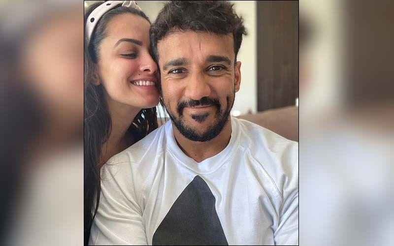 Anita Hassanandani Shares Throwback Pregnancy Pic And Jokes About Being Ready For Another Baby; See Pic