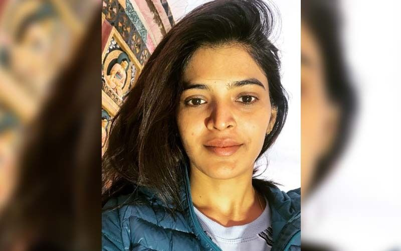 Sanchita Shetty Sets An Example For Fans By Getting Vaccinated