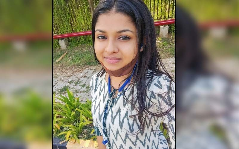 Indian Idol 12: Contestant Arunita Kanjilal Reaches Her Home in West Bengal; Gets A Grand Warm Welcome From Her Family And Locals- WATCH