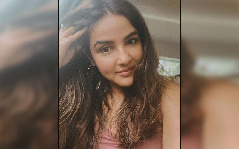 Jasmin Bhasin Thanks Fans For Their Unconditional Love, Endless Birthday Wishes And Cakes; Says 'Your Love Is My Strength, Stay With Me Forever'