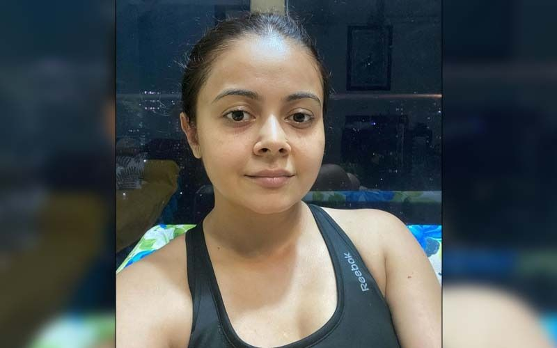 Devoleena Bhattacharjee Drops An Empowering Video As She Speaks On How Women Are Often Subjected To Moral Policing; Fans Say 'Gopi Bahu Rocks'