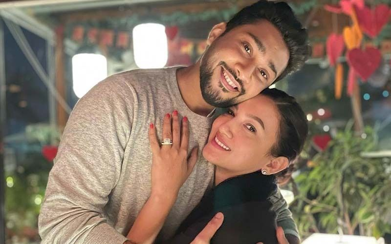 Gauahar Khan Shares Mesmerizing Pic With Hubby Zaid Darbar From Wedding; Says 'Marrying The Actor Was The Best Decision Of Her Life