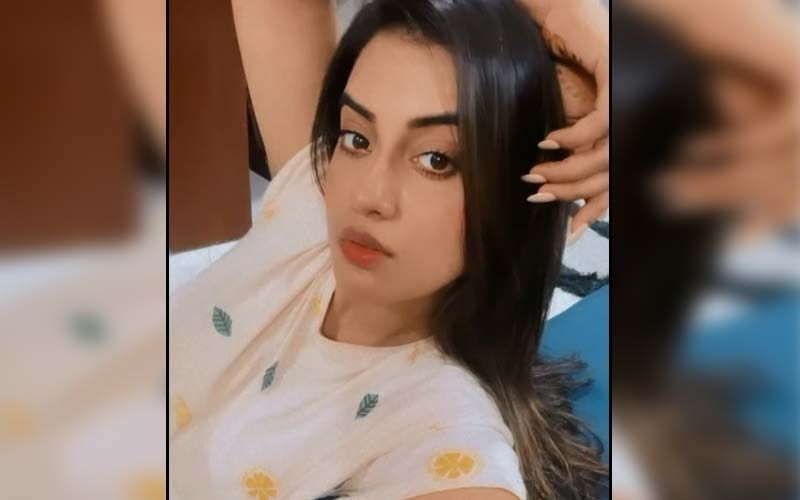 Bigg Boss OTT Promo Video: Bhojpuri Queen Akshara Singh Makes Smashing Entry As The New Confirmed Contestant Of Karan Johar's Reality Show