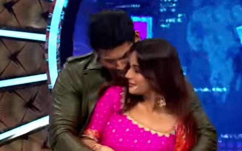 Bigg Boss OTT: Sidharth Shukla Gets Romantic As He Tells Shehnaaz 'Kuch Kuch Hota Hai'; Her Epic Reply Leaves Karan Johar And Fans In Splits