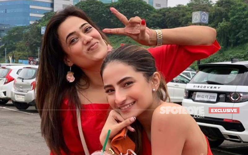 Palak Tiwari On Mom Shweta Tiwari Being Okay About She Doing Intimate Scenes In Films: 'She Is Not Controlling Like That'-EXCLUSIVE