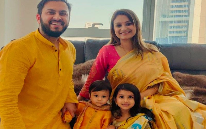 Bigg Boss 14's Rahul Mahajan's Ex-Wife Dimly Ganguly Celebrates Saraswati Puja With Her Family; Yellow Is The Colour For Family Portrait