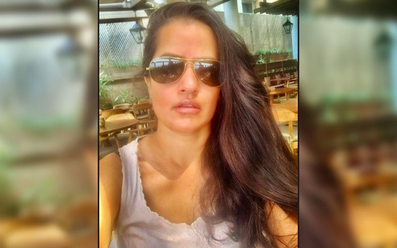Sona Mohapatra Reveals Being Stabbed As A Young Adult; Says: 'Hid It Because It Would Worsen Matters'