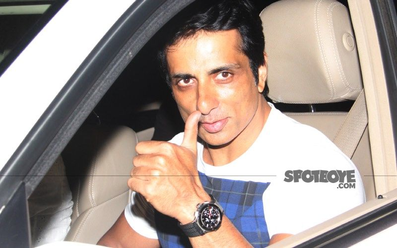 Sonu Sood Airlifts A Critical COVID-19 Patient From Jhansi To Hyderabad; Actor Hopes For The Best