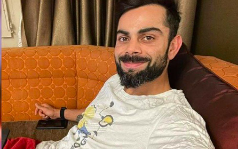 Virat Kohli Nearly Pulls Off An 'Accidental Crossbar Challenge'; Netizens Are Impressed With His Football Skills – VIDEO