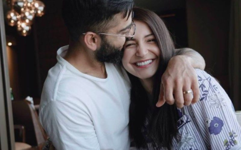 Virat Kohli Goes 'Ooh Teri' As His Superfit Wife Anushka Sharma Lifts Him Up In Her Arms – VIDEO