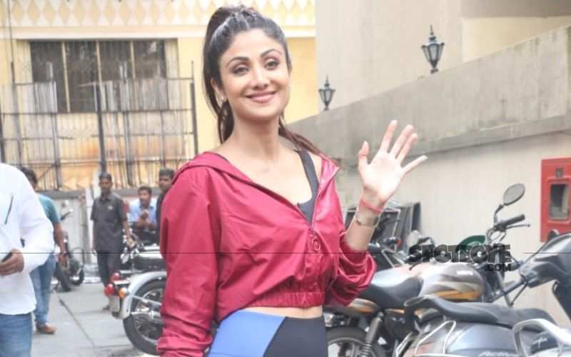 Shilpa Shetty Laughs Her Heart Out On A Chat Show; Gives A Hilarious Twist To Her Iconic 'Chura Ke Dil Mera' Song-Watch