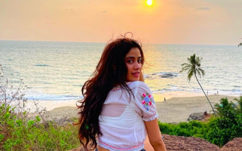 Earth Day 2021: Janhvi Kapoor Apologises To World For 'Being Callous About The Gift To Roam Freely'; Pens A Letter For The Planet