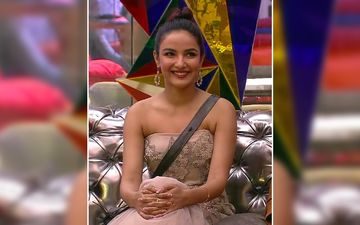 Bigg Boss 14's Jasmin Bhasin Faces A OOPS Moment As She Forgets To Remove Her Price Tag From Her Hot Pink Dress