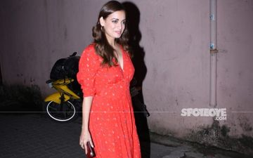 Dia Mirza's Pre-Wedding Festivities: Bride-To-Be Looks As Beautiful As An Angel During Her Bridal Shower – See Pic