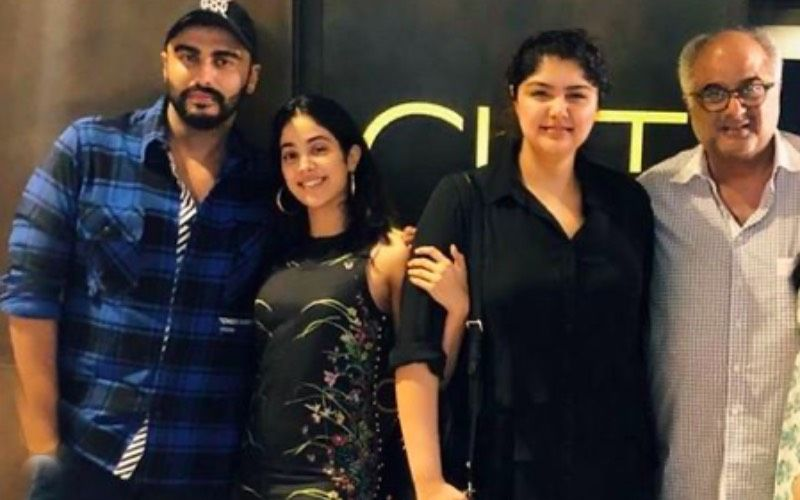 Janhvi Kapoor And Boney Kapoor Visit Anshula Kapoor At Hinduja Hospital In Mumbai — VIDEO