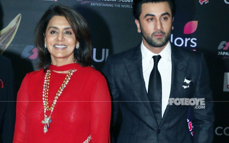 Ranbir Kapoor And Mother Neetu Kapoor Gets Papped At Gateway Of India; Are They Scouting Wedding Venues?