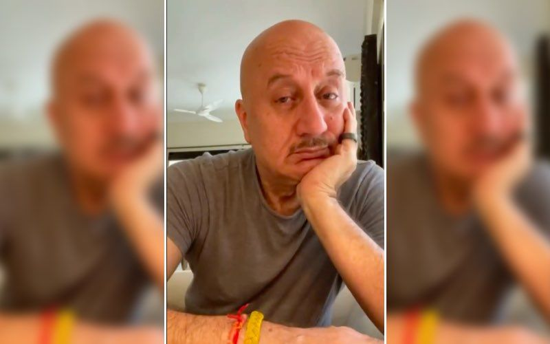 Anupam Kher Slammed By Netizens For Tweeting 'Aayega Toh Modi Hi' Amid COVID-19 Crisis; Twitterati Calls Him 'Spineless'