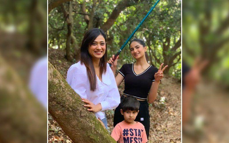 Shweta Tiwari Along With Kids Palak Tiwari And Reyansh Go For 'Hiking In The Jungle' In Mahabaleshwar – See Pics