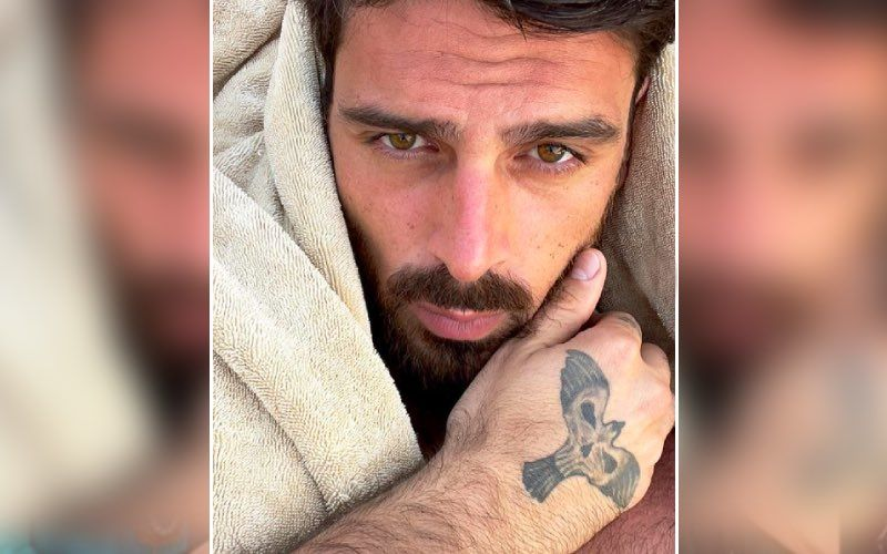 After 365 Days Actor Michele Morrone's Frontal Nude Pics LEAKED Online, He Shares HOT Pictures In Towel — See Pic