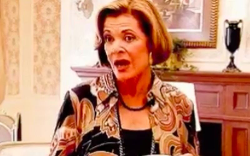 Arrested Development Star Jessica Walter Passes Away At 80; Daughter Brooke Bowman Confirms The News