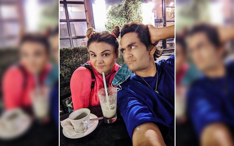 Bigg Boss 14's Vikas Gupta Meets Rakhi Sawant For Coffee; Shares Lovely Pics From The Meeting And Says 'Iske Jaisi Koi' – See Pics