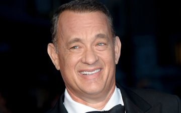 MEME: Here is why you should never travel with Tom Hanks