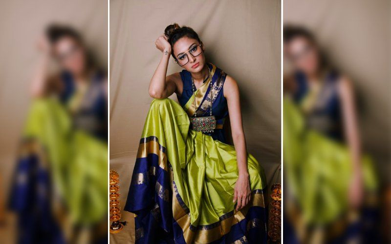 Kasautii Zindagii Kay 2's Prerna Sharma Aka Erica Fernandes' 'Work From Home' Look Is A Green And Blue Silk Saree Teamed With Massive Statement Spectacles