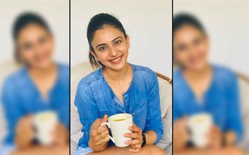Rakul Preet Singh Aces Early Morning Stretch Routine In The Latest Picture; Says: 'Move, Stretch, Strengthen And Simply Let Go'