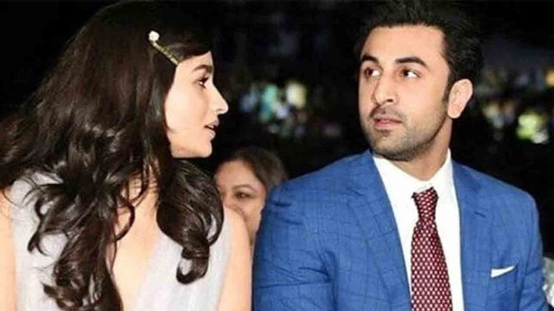 Ranbir Kapoor's Girlfriend Alia Bhatt Has Made A Place For Herself In The Kapoor Family; INSIDE PICTURES