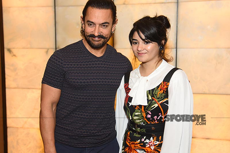 aamir khan and zaira wasim pose for cameras