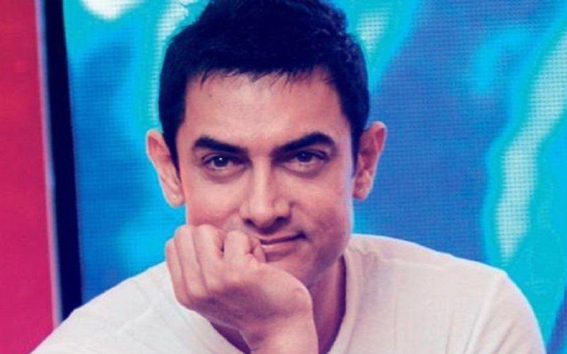 फिल्म ठग्स ऑफ हिंदोस्तान से आमिर खान का दमदार लुक आया सामने, दे रहे हैं सबको अपनी सलामी