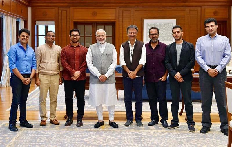 Aamir Khan Rajkumar Hirani Aanand L Rai Siddharth Roy Kapur Meet Prime Minister Narendra Modi