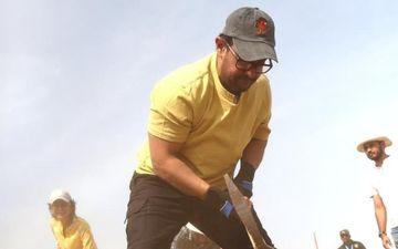 सूखे के खिलाफ जंग लड़ रहे आमिर खान ने महाराष्ट्र दिवस पर किया 'श्रमदान'