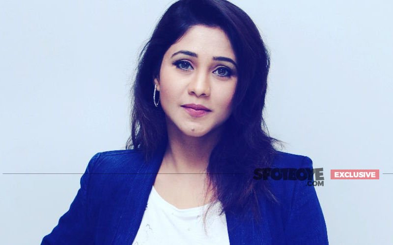Ishqbaaaz Actress Amrapali Gupta's Flight Co-Passenger Misbehaves With Her; Actress Screams 'Kya Kar Rahe Ho Tum?'