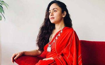 Amruta Khanvilkar Looks Ravishing In Red For Navratri Husband Himanshoo Goes All Hearts In Comments