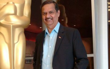 Ujwal Nirgudkar Who Is A Part Of Oscar Jury Now Joins Planet Marathi OTT As An Advisor