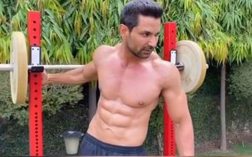 Kartar Cheema Flaunts His Chiselled Abs In His Latest Insta Video