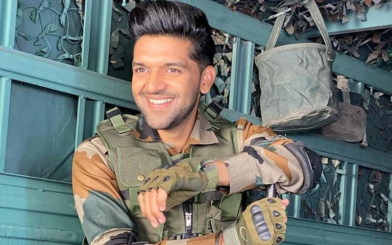 Guru Randhawa's Latest Picture Is From His New Song 'Mehendi Wale Haath' Dedicated To Soldiers