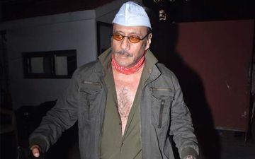 Jackie Shroff Jokingly Says 'Aadha Kabar Main Baithela Hai' About His Age At An Event; Ayesha Jhulka Smacks His Arm - WATCH