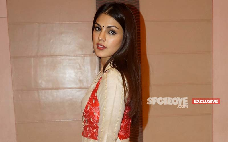 Support For Rhea Chakraborty Grows In The Industry After Chehre Blackout -EXCLUSIVE