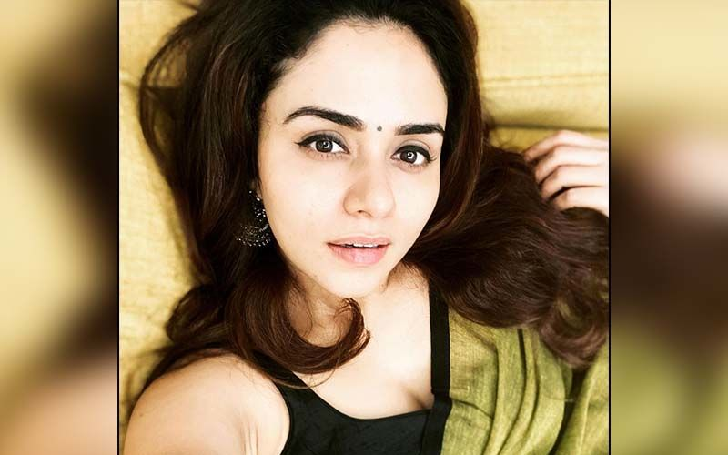 Amruta Khanvilkar Slays In Her 'Self-Styled' Outfits With An Unmatched Fashion Quotient