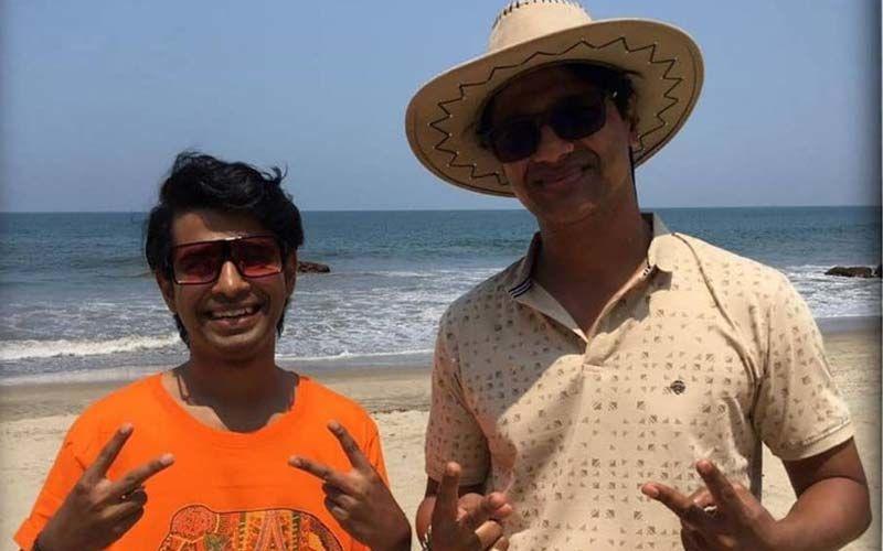 Prathamesh Parab Celebrates Director Milind Kavde's Birthday On The Sets Of Takatak 2