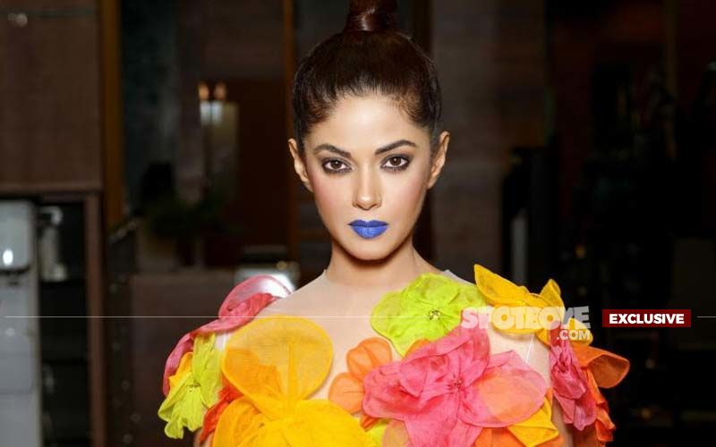 Meera Chopra On Voicing Her Opinion On Social Media: 'A Famous Producer Told Me Not To Tweet About Political Agendas If I Want To Work'- EXCLUSIVE