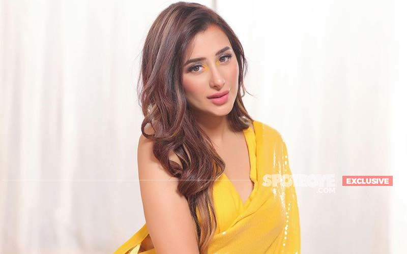 Bigg Boss 13 Fame Mahira Sharma Reveals She Has Never Been On A Date But If She Goes, This Is What She Will Wear- EXCLUSIVE