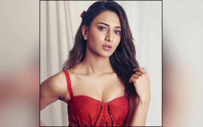 Erica Fernandes On Kuch Rang Season 3: 'I Am Excitedly Waiting To Shoot And Relive My Character Of Sonakshi'