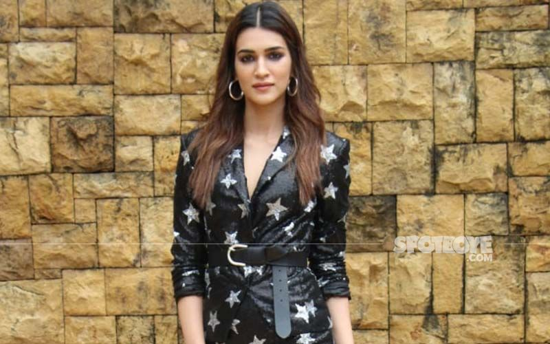 Kriti Sanon Is Too Hot To Handle As She Stuns In Black On Dabboo Ratnani's Celebrity Calendar 2021; See PIC