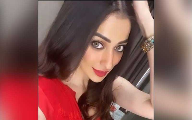 Raai Laxmi's Ditches Urban Chic Avatar For A Glimmering Saree Look In Luscious Red